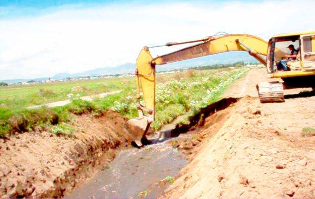 Desazolve de los Ríos El Jaral, Arenal en sus cruces con Autopista Toluca-Tenango