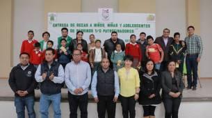 En Zinacantepec respaldan el desarrollo escolar de niños