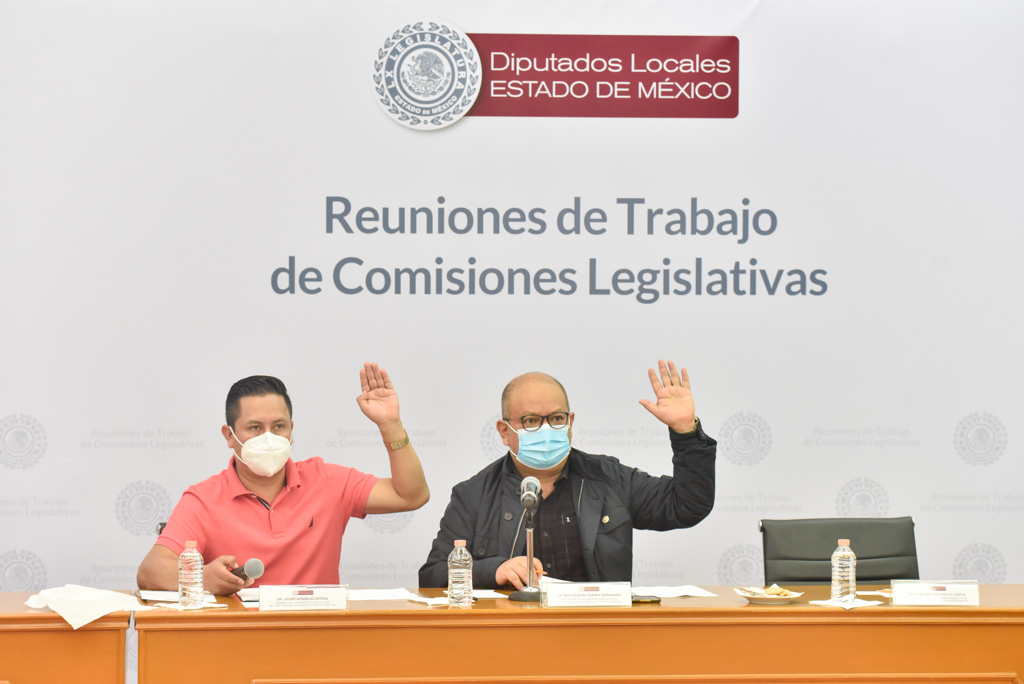 Javier González y Max Correa