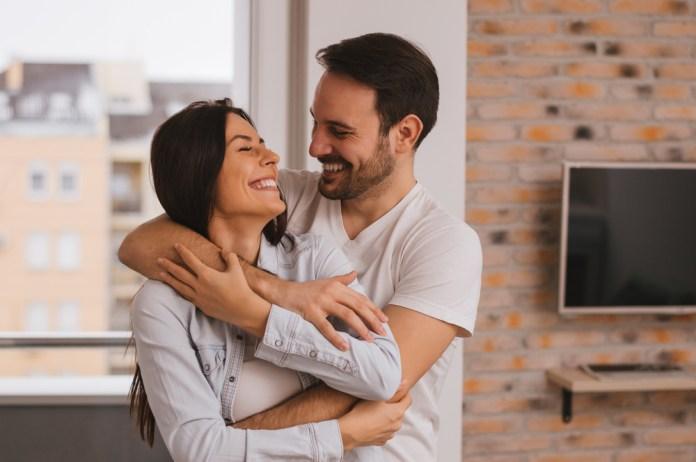 Reciprocidad en pareja: el equilibrio de dar y recibir en una relación  amorosa – Prensa Libre