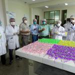 Farmacia UNT logró la producción de mil litros de solución alcohólica