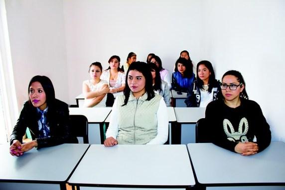 college-2104580_640