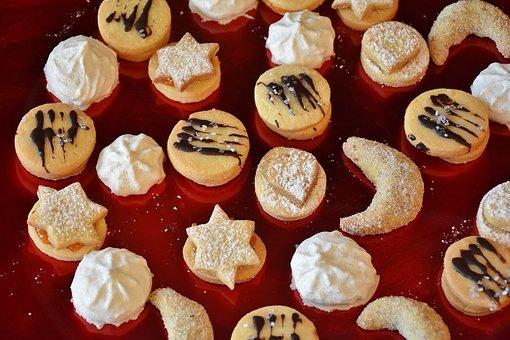 cookie-1832199__340