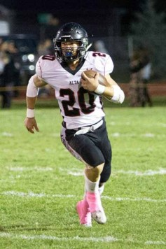 Junior running back Josh Davis of Alta. (Photo by Clark Larson)