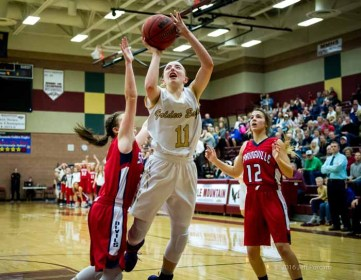 Maple Mountain's Liz Eaton did a lot of work in traffic Friday night. (Photo by Jeff Porcaro, maplemountainsports.com)