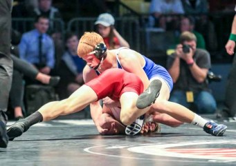 Cole Moody of Bingham wrestles at the 2016 state championships. (Photo by Kevin McInnis)