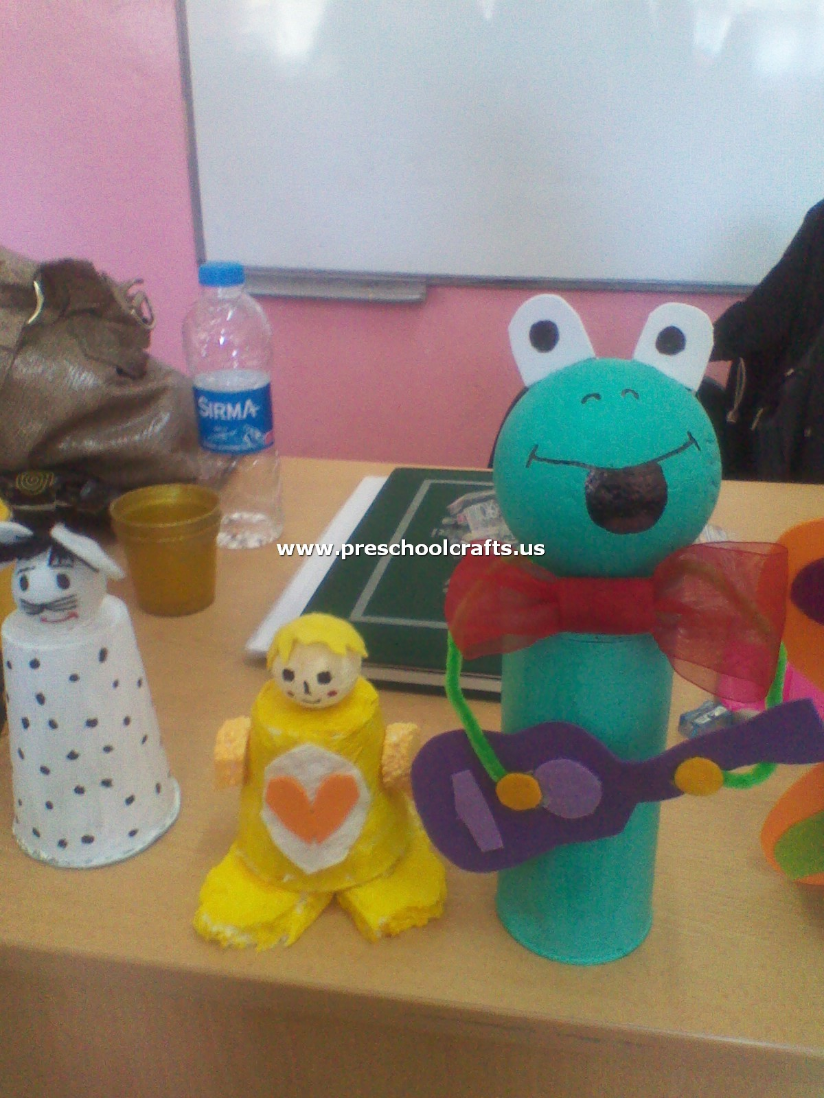 Frog Craft From Paper Cup And Pinpon Ball