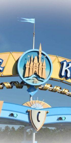 Disney's Magic Kingdom…With the Littles!