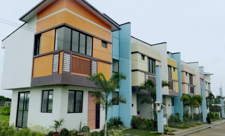 Jubilation Enclave Featured Houses