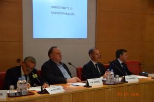 """Table ronde """"Compétitivité et Finances publiques"""" animée par Jean-Marc Daniel"""