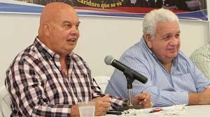 Alcalde de Fajardo en-conferencia de prensa con el Club Atlético Soccer.  (Foto suministrada)