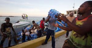 Comienzan a llegar las ayudas al pueblo de Haití tras el huracán Matthew. (Foto/Suministrada)
