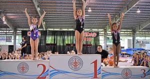 Más de 200 niñas participaron en la Copa de Navidad de Gimnasia Artística Femenina niveles 1 al 8. (Foto/Zacha Acosta)