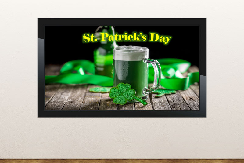 Free digital signage powerpoint template to information and count down to Saint Patrick's Day