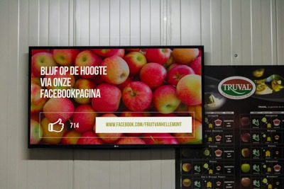 Real-time Digital Signage Screen at a Fruit Farmer