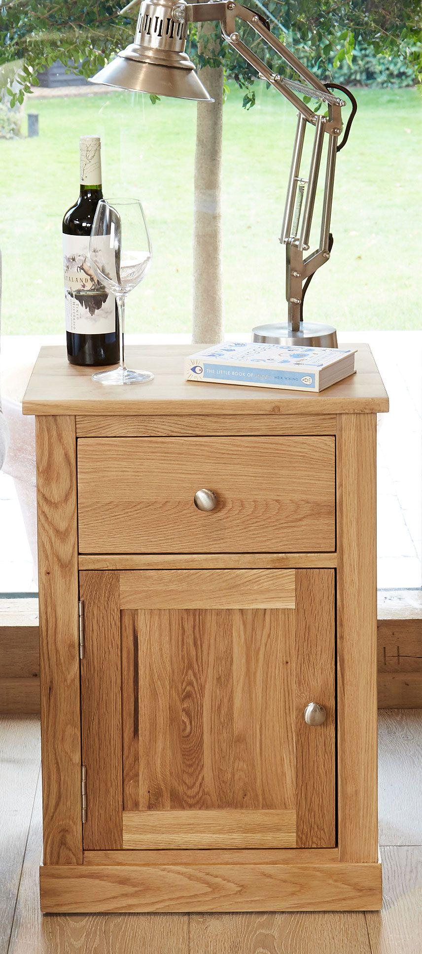 Mobel Solid Oak 1 Door Lamp Table Or Bedside With Drawer