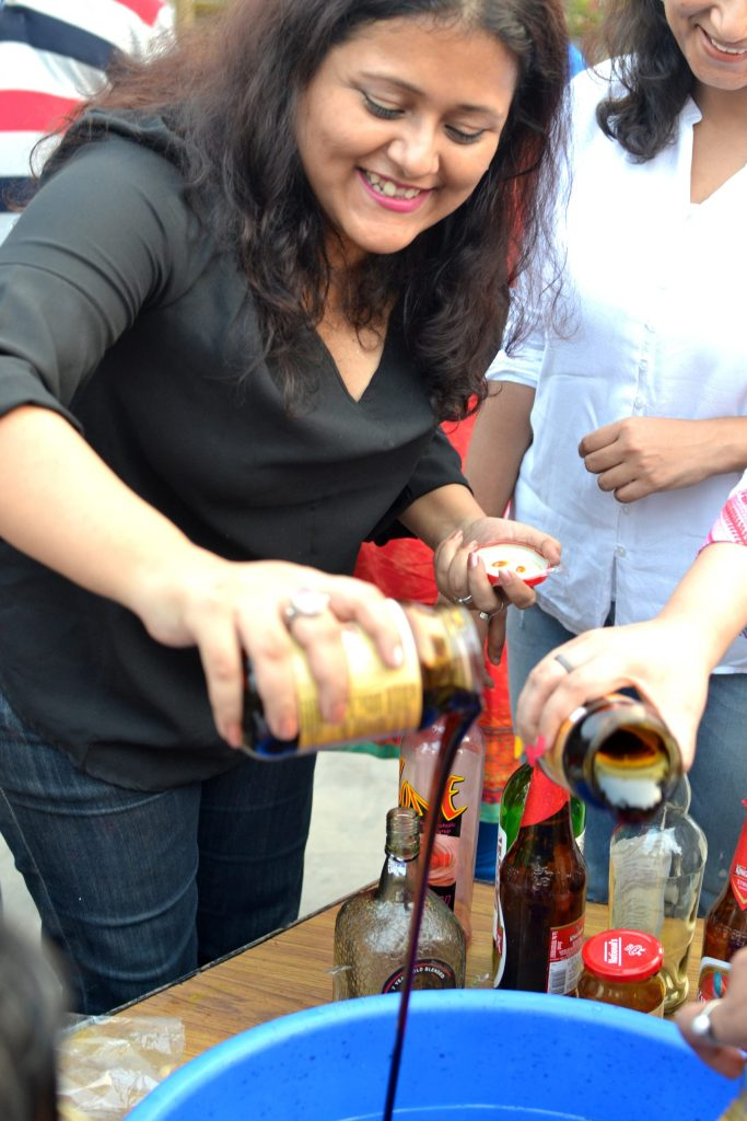 food blogger poorna banerjee at cake mixing