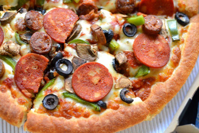 chicken italiano pizza from pizza hut