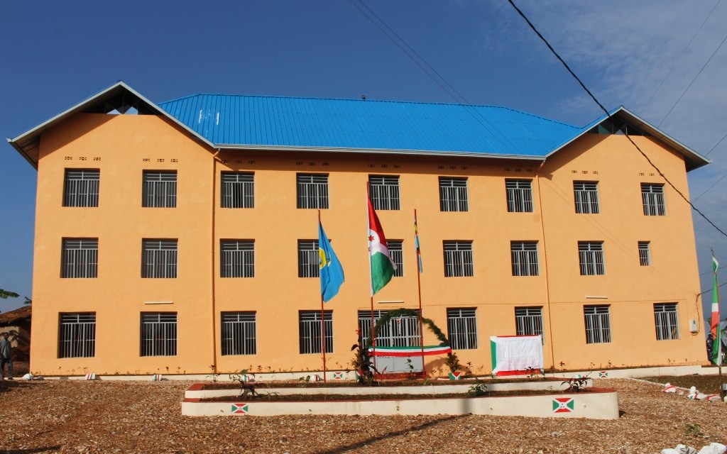 Le Président de la République inaugure le nouveau bureau communal Rutegama