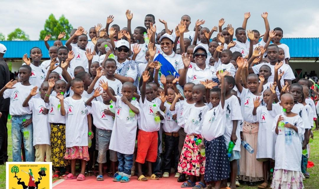 La Campagne «Naître Libre pour Briller» lancée par la Première Dame