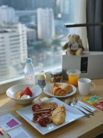 L 03 Food while quarantine with a view at Aloft Bangkok_UGC Jakkrit by Instagram 03