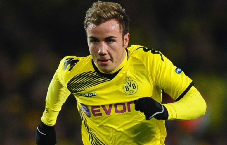 Dortmund:  Götze s'engage officiellement au Bayern Munich, son club «extrêmement déçu»