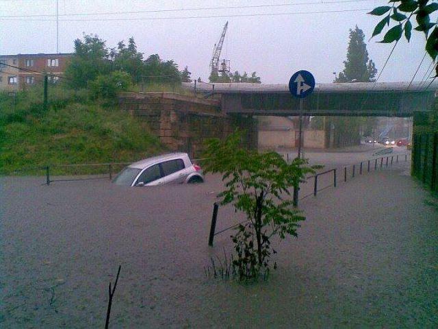 inundatie pasaj popa sapca facebook robert