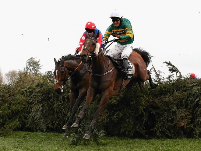grand national runners form