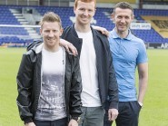 Scott Boyd and Michael Gardyne pose with manager Jim McIntyre after penning new deals
