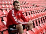 Aberdeen winger Niall McGinn