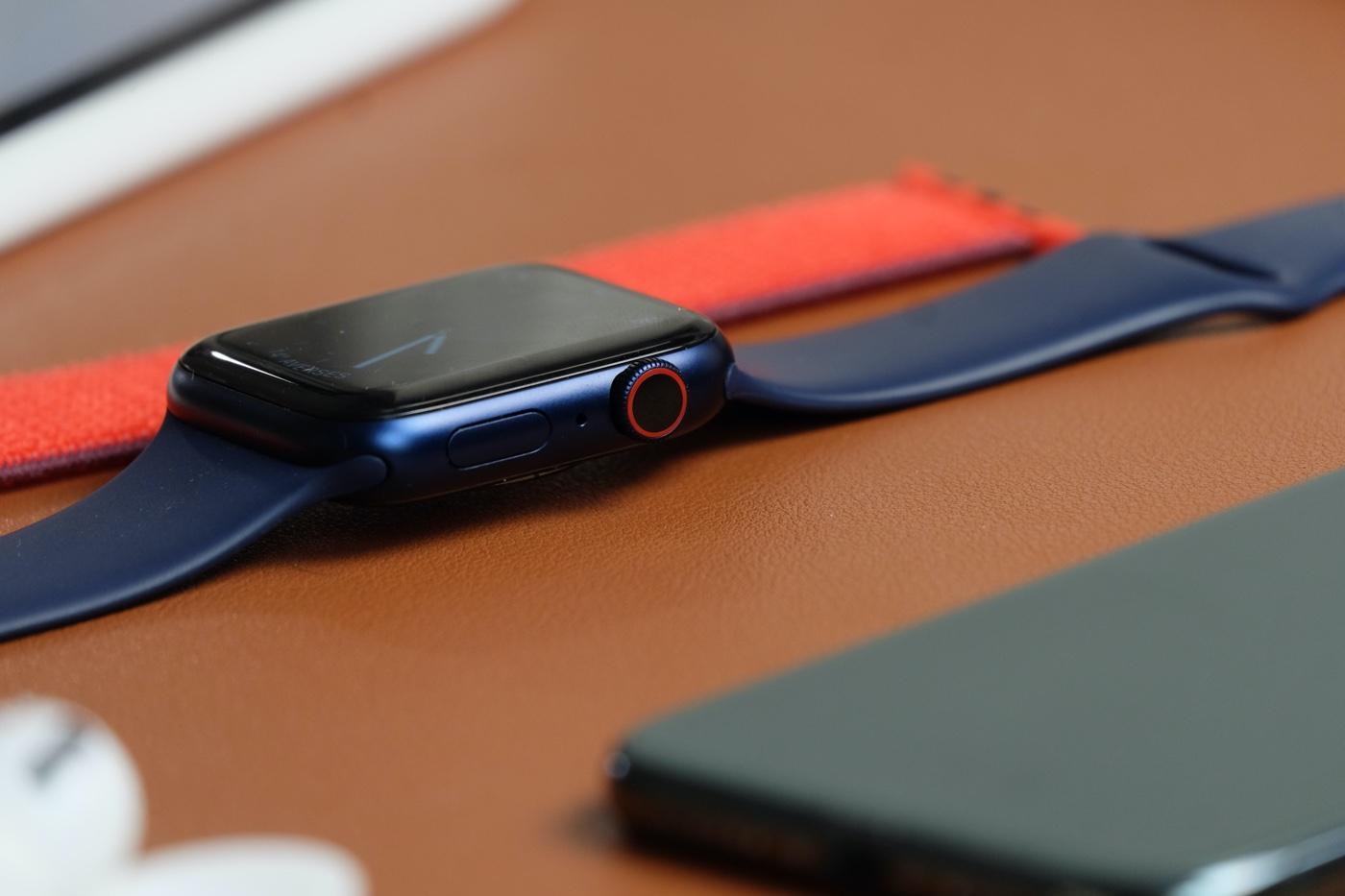 test apple watch series 6 digital crown
