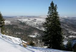 Grade im Winter wird der Nationalpark Bayerischer Wald mit seinen vielen markierten Wanderwegen zu einem besonderen Erlebnis.