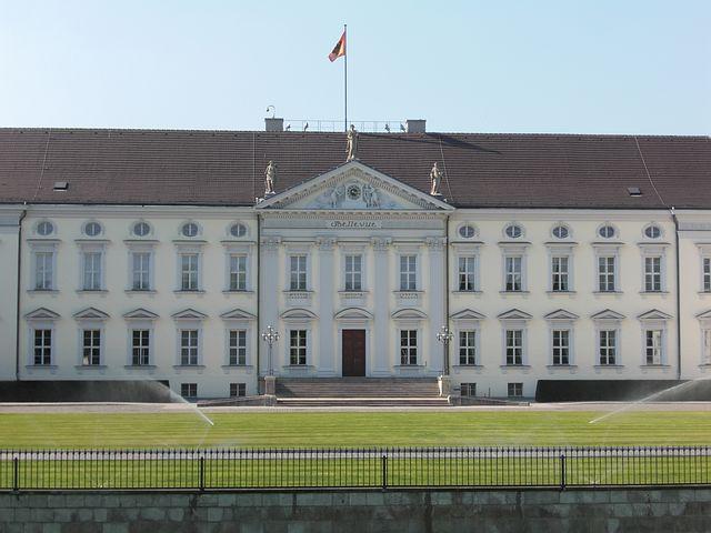 Straubinger Tagblatt: Zu Steinmeier Der Anti-Trump im Schloss Bellevue