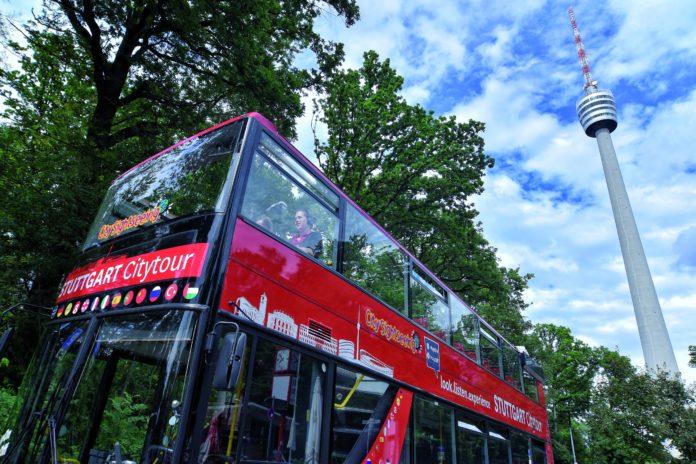 """die STUTTGART Citytour bekommt eine zweite Route: Anfang April gibt die Stuttgart-Marketing GmbH den Startschuss für die """"Grüne Tour"""". Die neue Citytour-Route führt durch den Stuttgarter Süden und Westen und hält unter anderem auch am Stuttgarter Fernsehturm."""