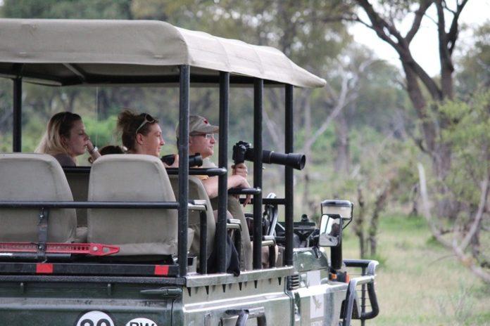 """Botswana: Musterland in Sachen Naturschutz Den Reiseveranstalter verbindet eine 40-jährige Vergangenheit mit """"Afrikas Juwel"""""""