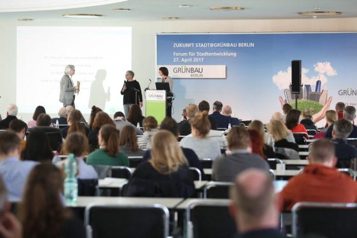 Forum für Stadtentwicklung: Inklusive Spielplätze und außergewöhnliches Stadtmobiliar