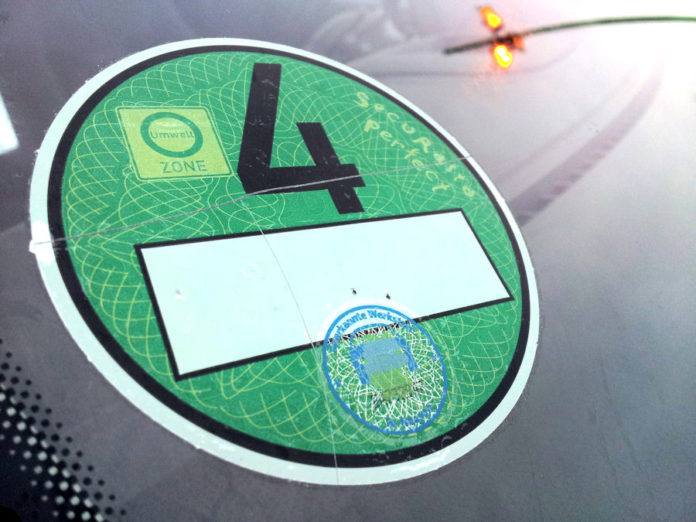 Umwelt-Plakette, Crit'Air, Tourismus, Panorama, Ratgeber, Auto, Auto / Verkehr, Straßburg, Umwelt-Vignette, Tourismus / Urlaub, München