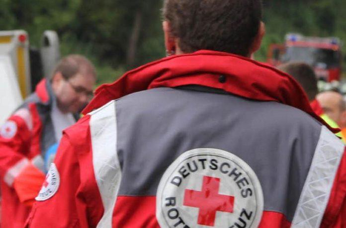 Sanitäter,Kind,Hilfe,Berlin,Auto