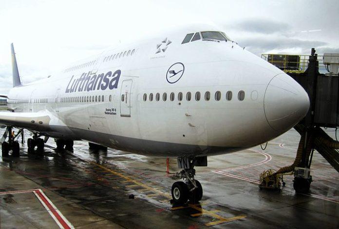 Jumbo-Jet ,Frankfurt,Berlin,Luftfahrt,Nachrichten,Flug,Urlaub