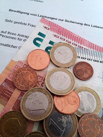 Hartz IV, Medien / Kultur, Steuern, Bundesregierung, Politik, Wirtschaft, Medien, Verbraucher, Köln