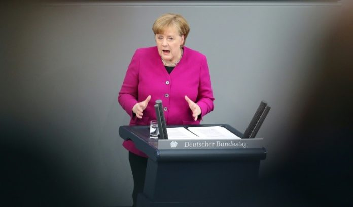 Bundeskanzlerin, Angela Merkel ,Berlin,Politik,Nachrichten,Bundestag,Haushaltsdebatte