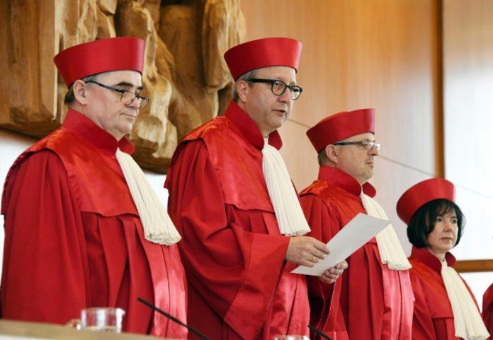 Rechtsprechung,Karlsruhe,Verfassungsgericht,Fixierungen,Gesundheit,Nachrichten