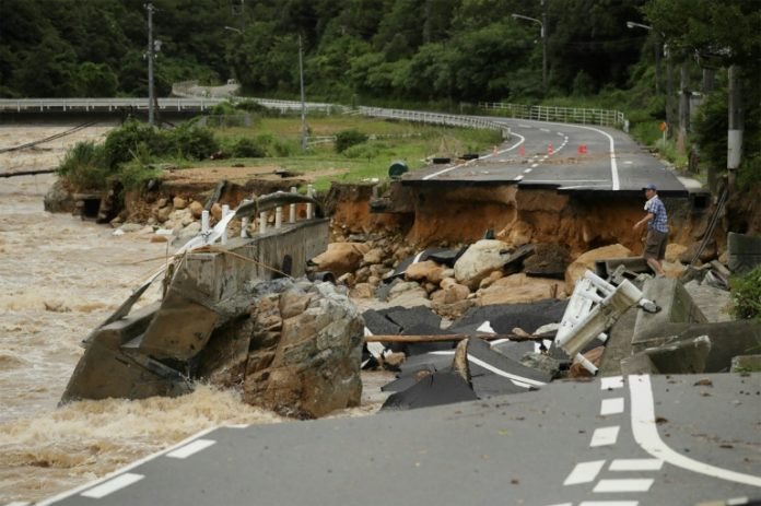 Japan,Nachrichten,Unwetter,Shinzo Abe ,Hiroshima, Ehime, Okayama ,Kyoto,Ausland