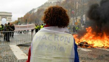 Frankreich ,Gelb,Gelbwesten,Paris,Nachrichten,Ausland,Außenpolitik,Präsident ,Emmanuel Macron,Sozialpakt,Diesel