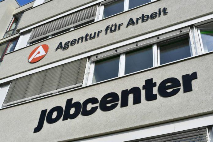 Langzeitarbeitslose,Bundestag,Politik,Nachrichten,News,Presse, Aktuelles,Arbeitsmarkt,Job,Lohnkostenzuschüsse