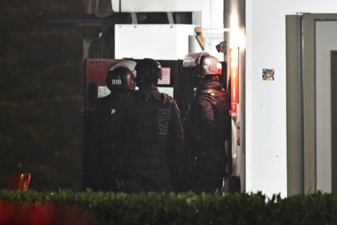 Angers, Paris,News,Presse,Aktuelles,Gelben Warnwesten,Sprengstoff