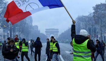 Paris,Politik,Nachrichten,Ausland,Presse,Aktuelles,Benzin ,Diesel,Gelbwesten