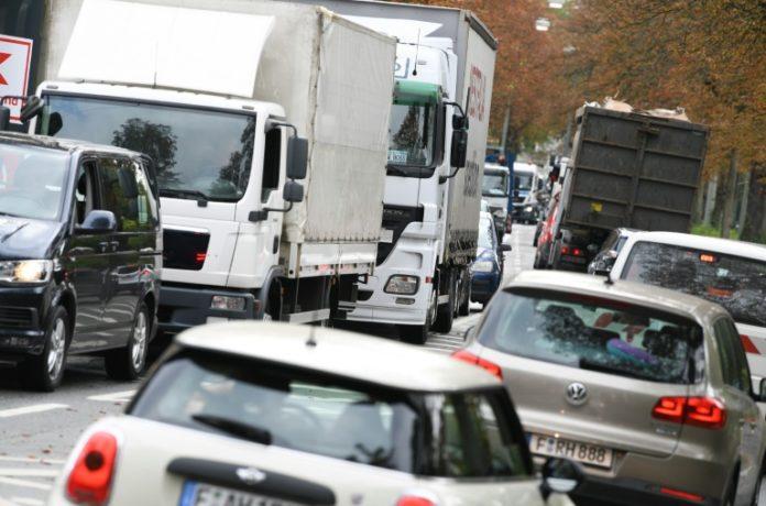 Frankfurt, Diesel,Dieselverbot,Fahrverbot,CO2,Dieselskandal,Deutschen Umwelthilfe,Nachrichten,Presse,Aktuelles,News