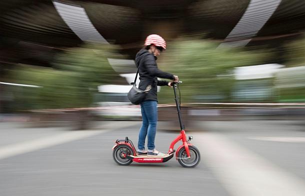 E-Scooter,Straßenverkehr,Presse,News,Medien,Aktuelle