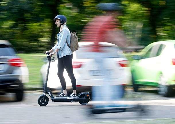 Kraftfahrtbundesamt,E-Scootern,News,Presse